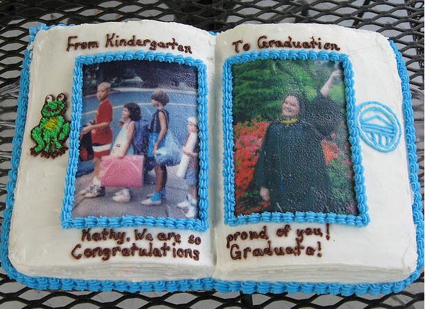 11 Photos of Unusual Graduation Cakes