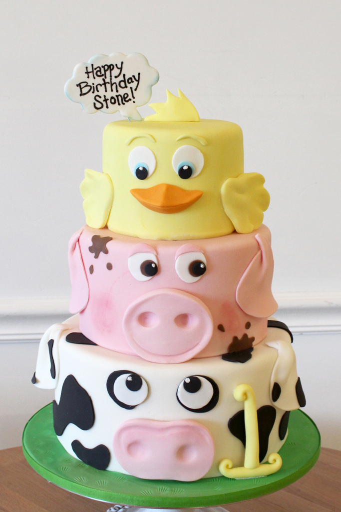 10 Animal Themed Birthday Cakes At Giant Food Store Photo - Animal ...