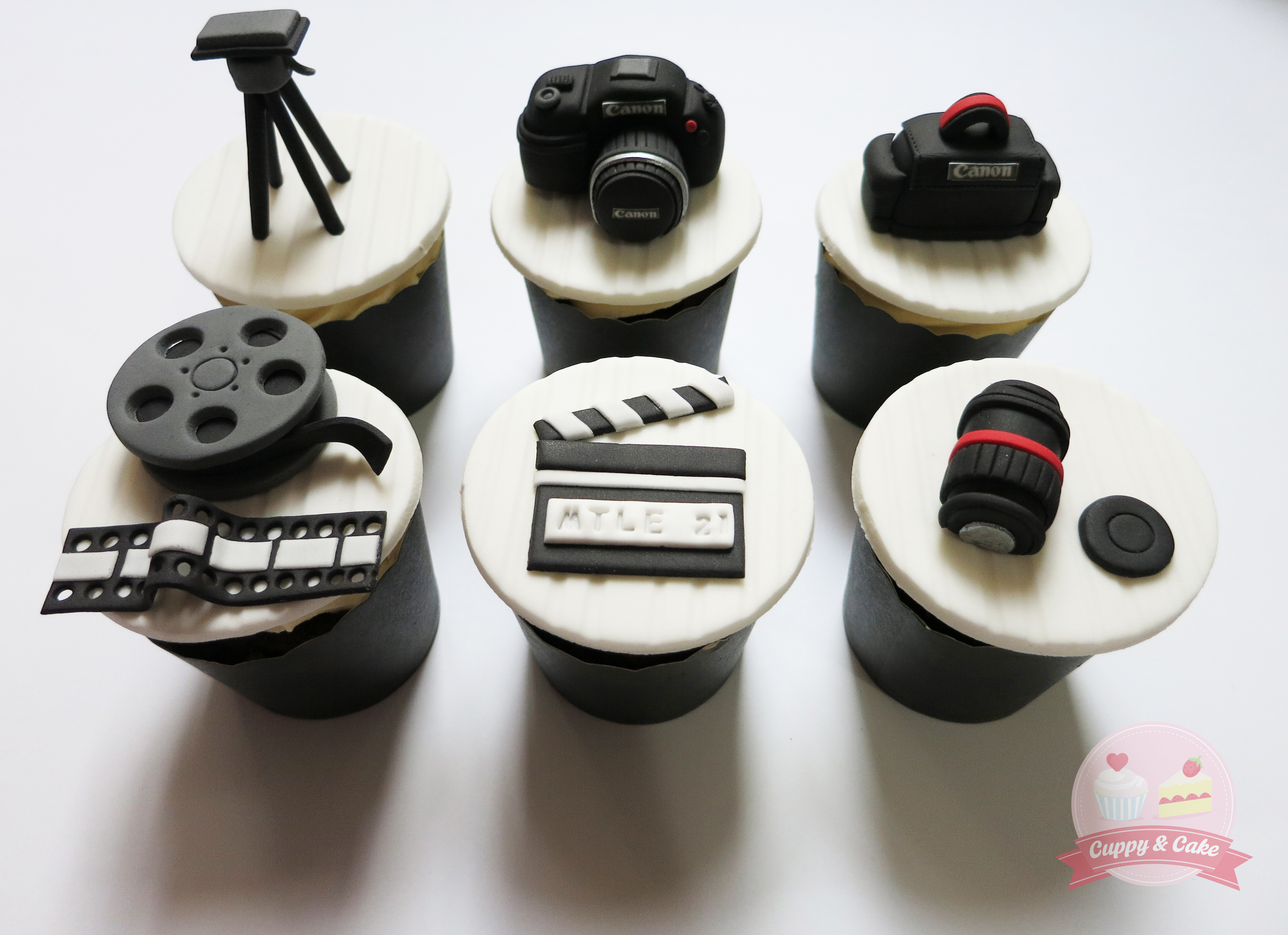 Camera Themed Cupcakes