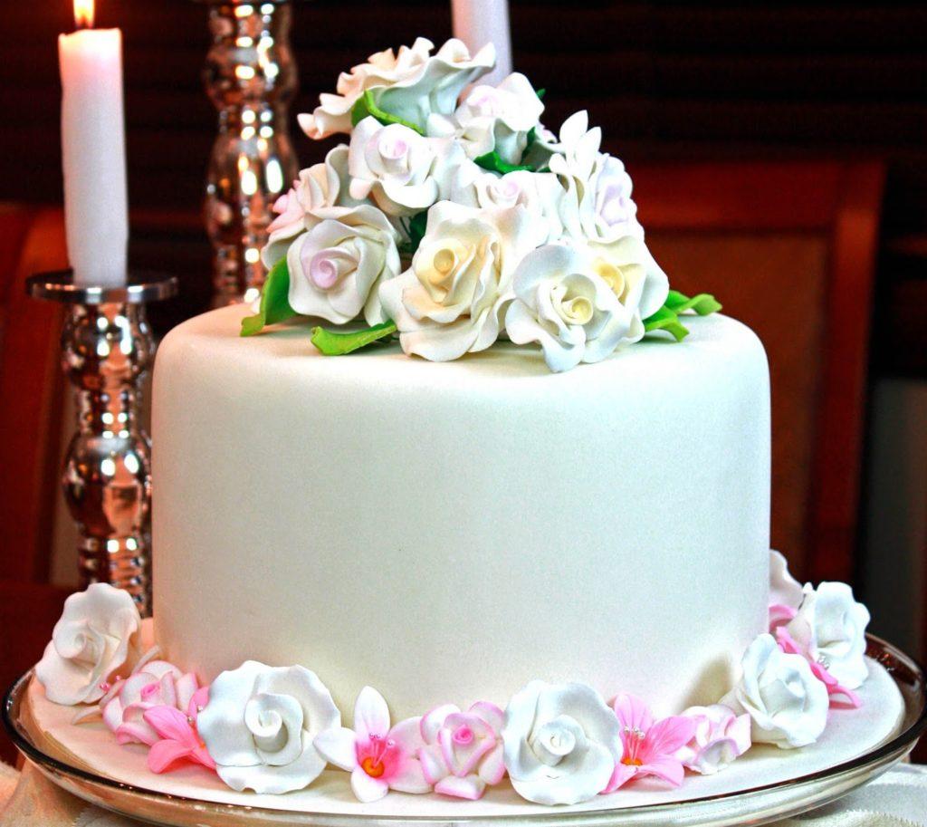 7 Happy Munchies Birthday Cakes Photo