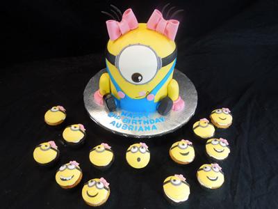 Minion Cupcake Cake Girl