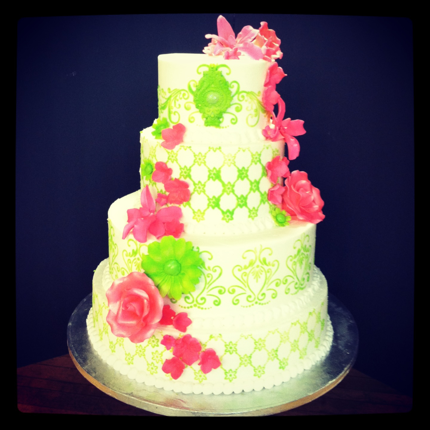 12 Photos of Hot Pink And Lime Green Wedding Cakes
