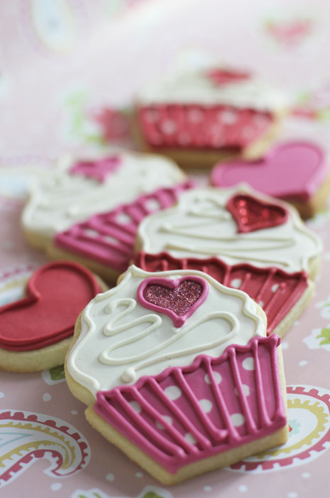 5 Photos of Valentine's Cupcakes Or Cookies For Online