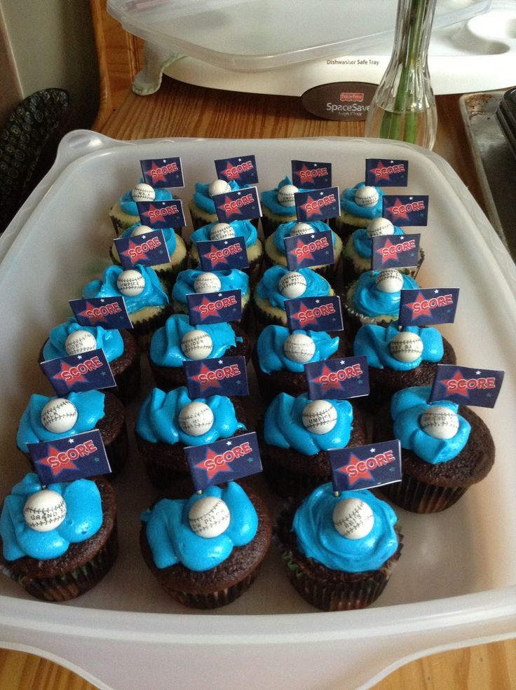 11 Cool Cupcakes For Older Boys Photo
