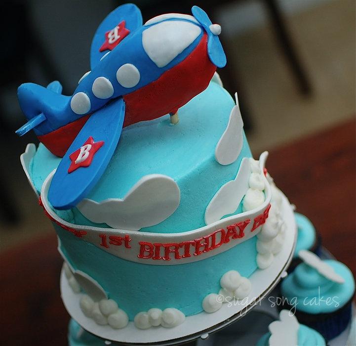 Admirable 13 Plane First Birthday Cakes Photo Boys 1St Birthday Cake Funny Birthday Cards Online Alyptdamsfinfo