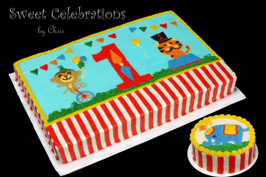 Circus Birthday Cake Decorations
