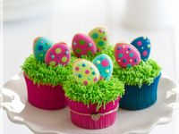 Easter Pull Apart Cupcake Cake