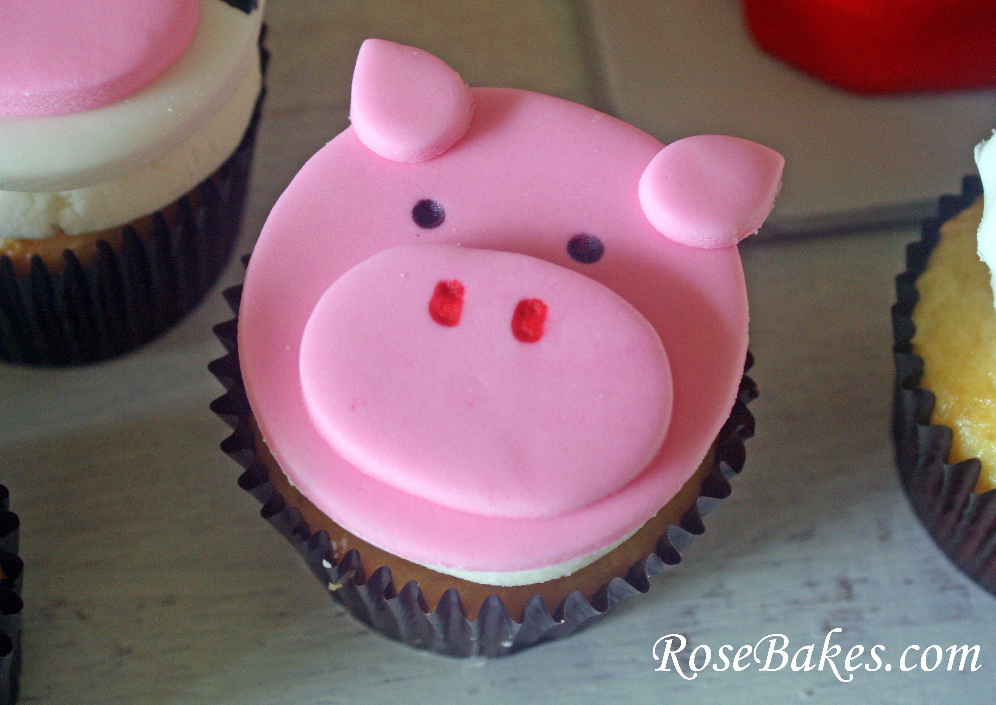 12 Photos of Fondant Animal Face Cupcakes