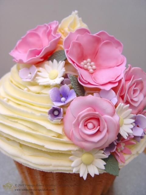 Gorgeous Flower Cupcakes