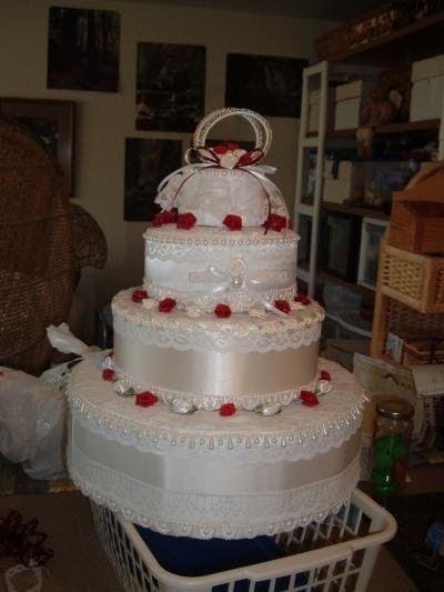 How to Make Wedding Towel Cake