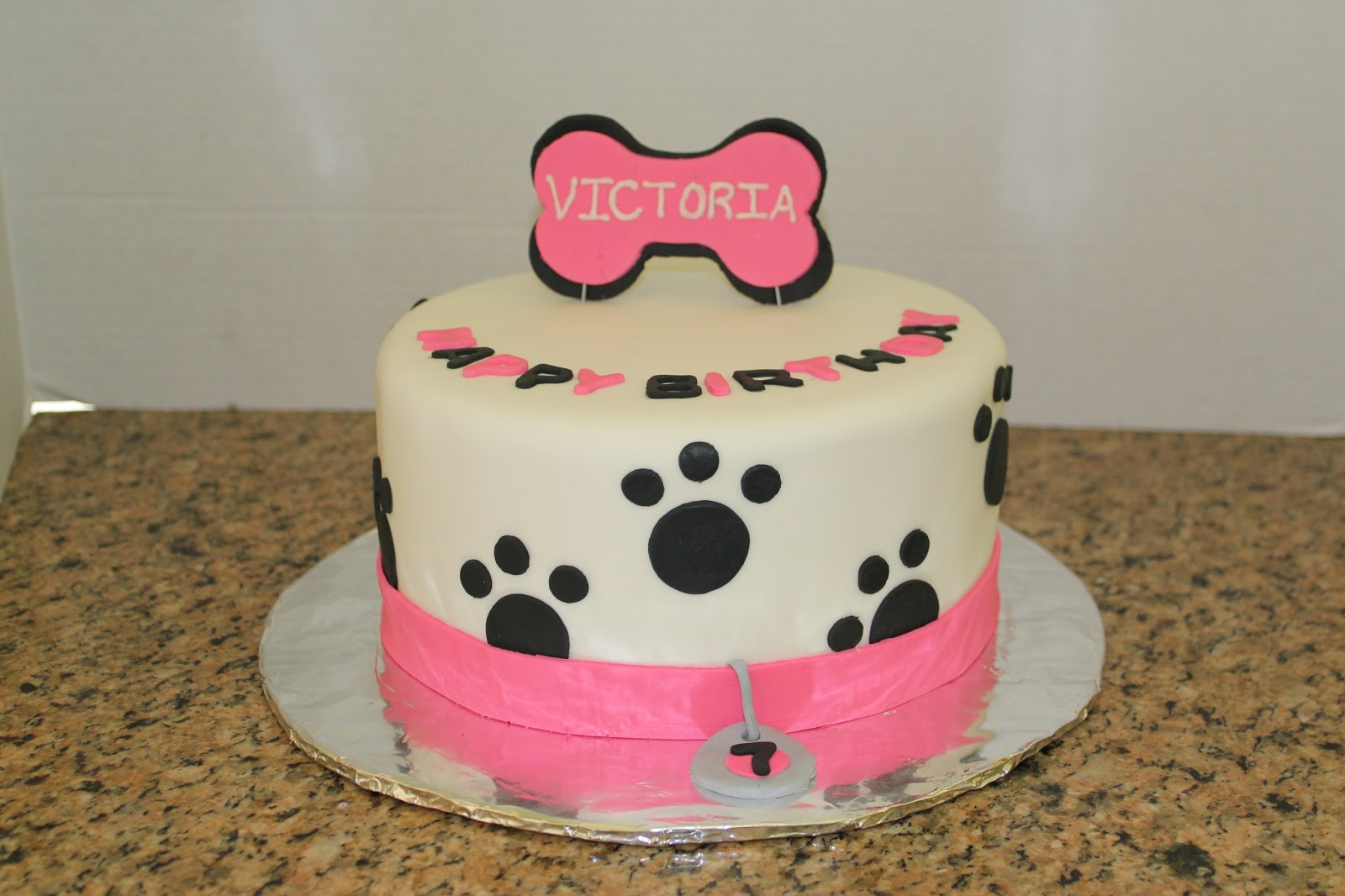 Puppy Dog Themed Birthday Cake