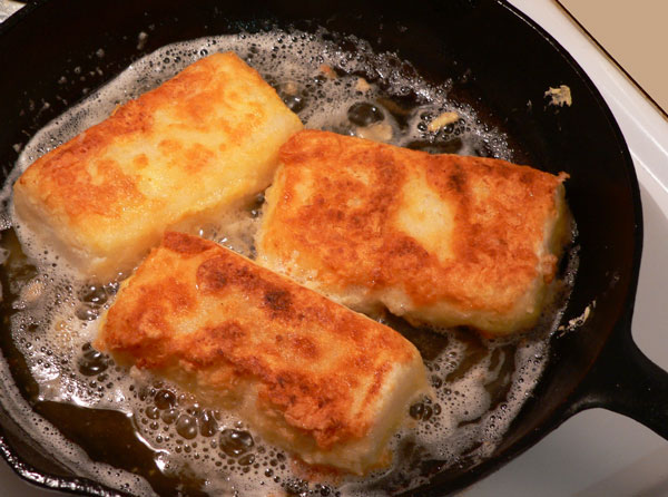 6 Photos of Fried Cheese Grit Cakes