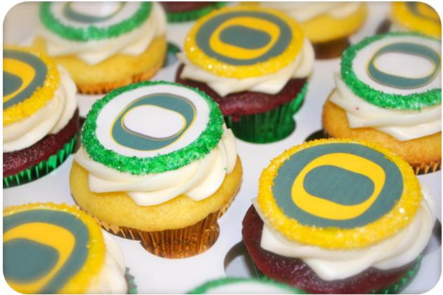 13 Photos of Oreg Graduation Cakes