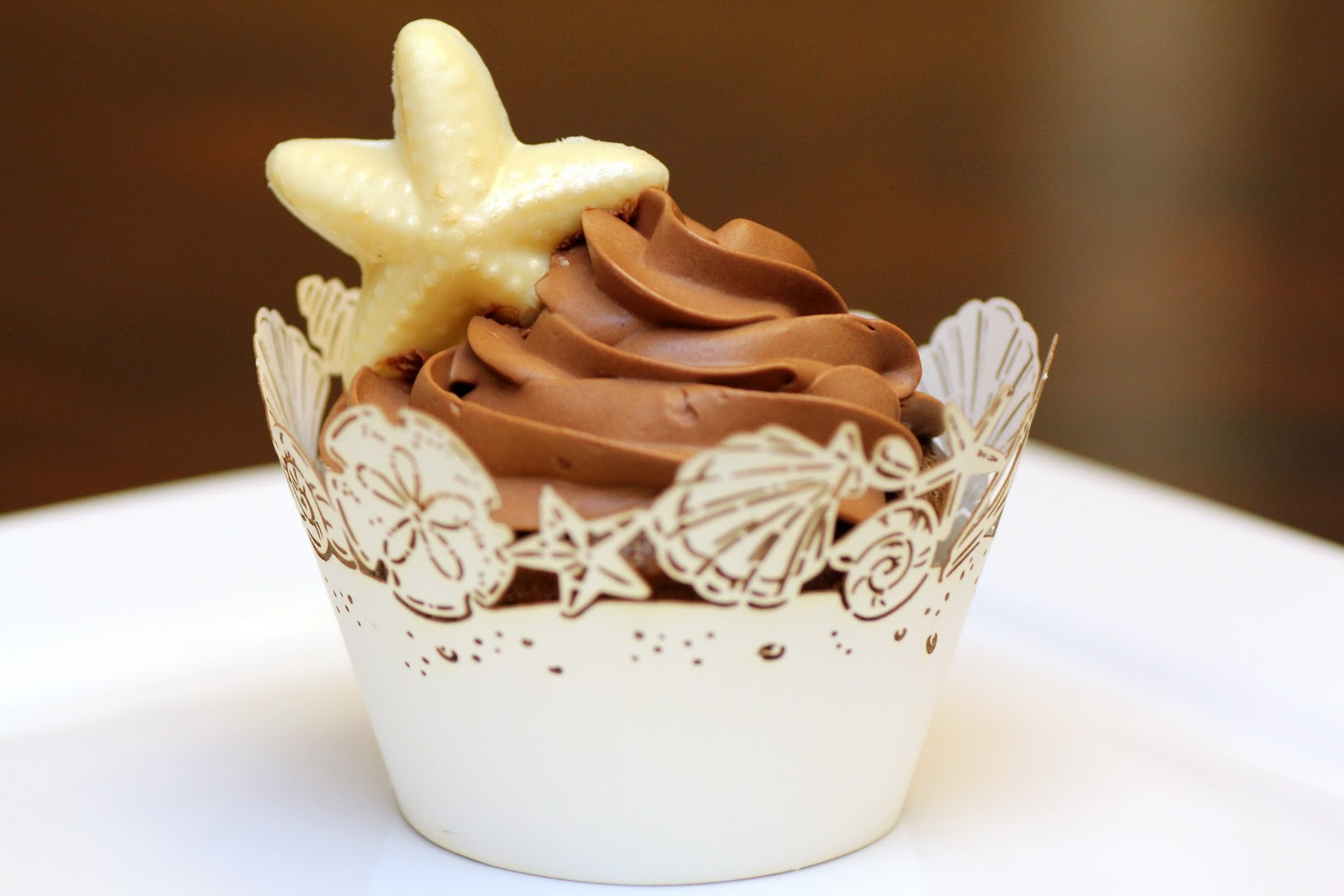 10 Photos of Chocolate Cupcakes And Buttercream