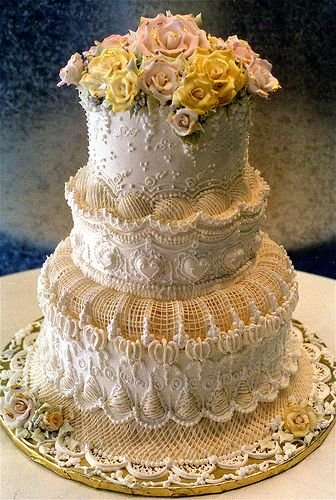 9 Photos of Victorian Decorated Cakes