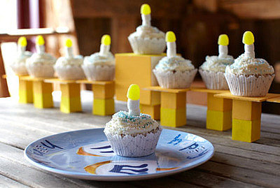 Hanukkah Menorah Cupcakes