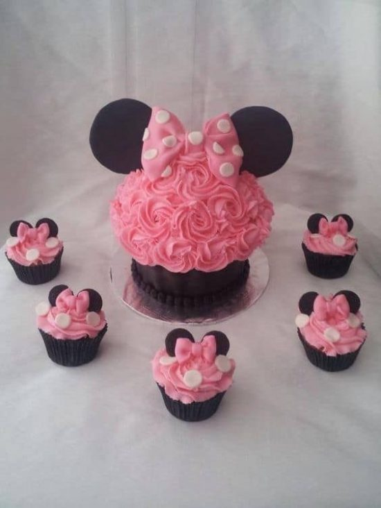 10 Photos of Pink And Gold Minnie Mouse Giant Cupcake Cakes