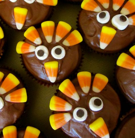 7 Photos of Thanksgiving Cupcakes And Mini