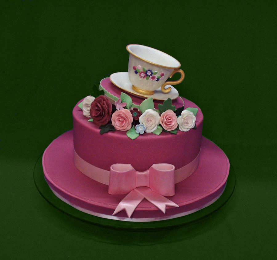 Admirable 12 Ladies Birthday Cakes With Icing Photo Baby Girl Birthday Funny Birthday Cards Online Fluifree Goldxyz