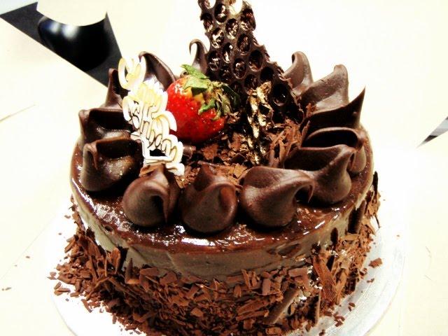 12 Gorgeous Chocolate Birthday Cakes Photo Beautiful Chocolate