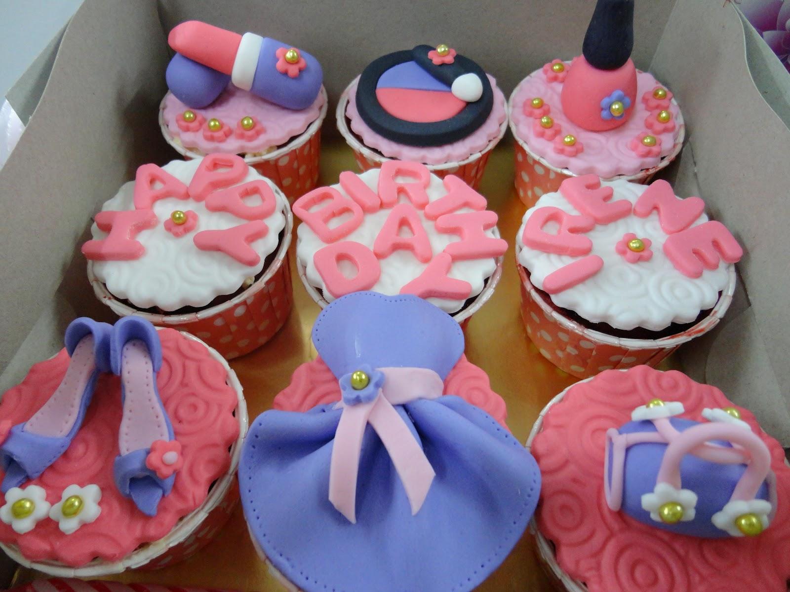 Cupcake Via 8 Year Old Birthday Party Ideas
