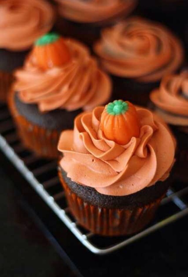 8 Photos of Halloween Cupcakes For Fall