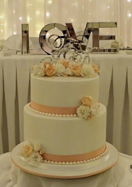 9 Elegant 2 Tier Small Wedding Cakes Photo Small Elegant 2 Tier