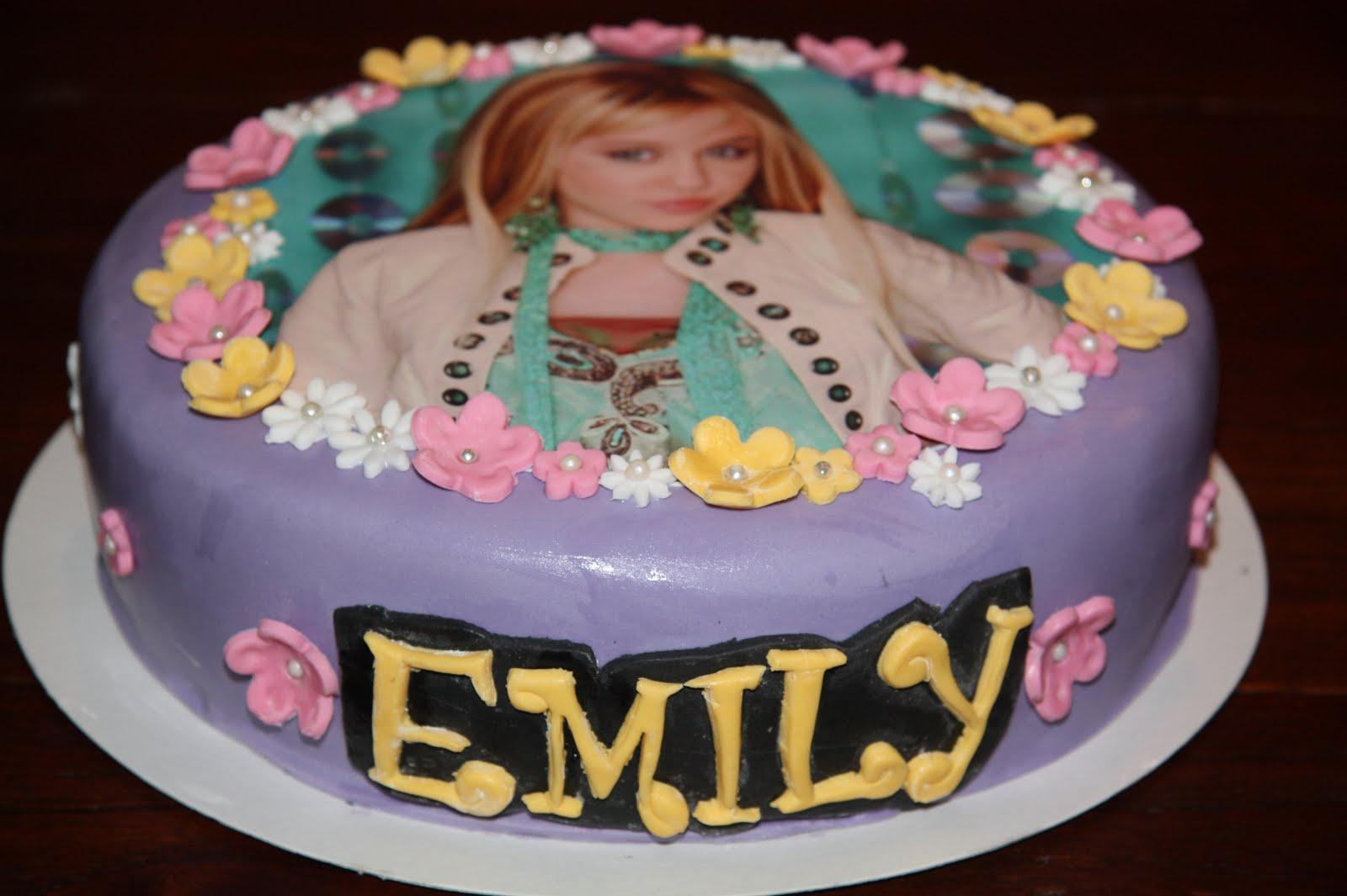 Remarkable 6 Hannah Montana Birthday Cakes 17 Photo Hannah Montana Birthday Birthday Cards Printable Inklcafe Filternl