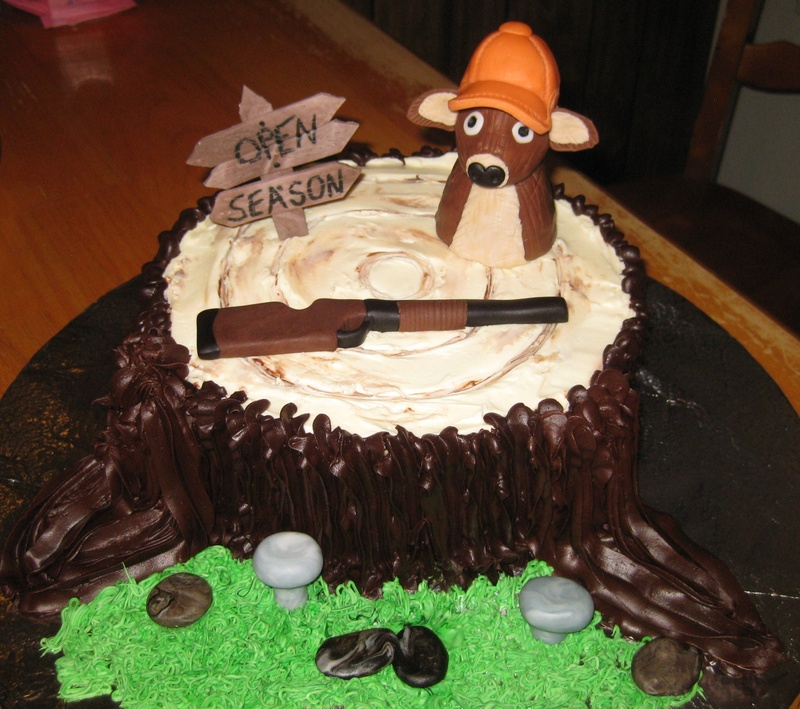 8 Photos of Happy Anniversary Hunting Cakes