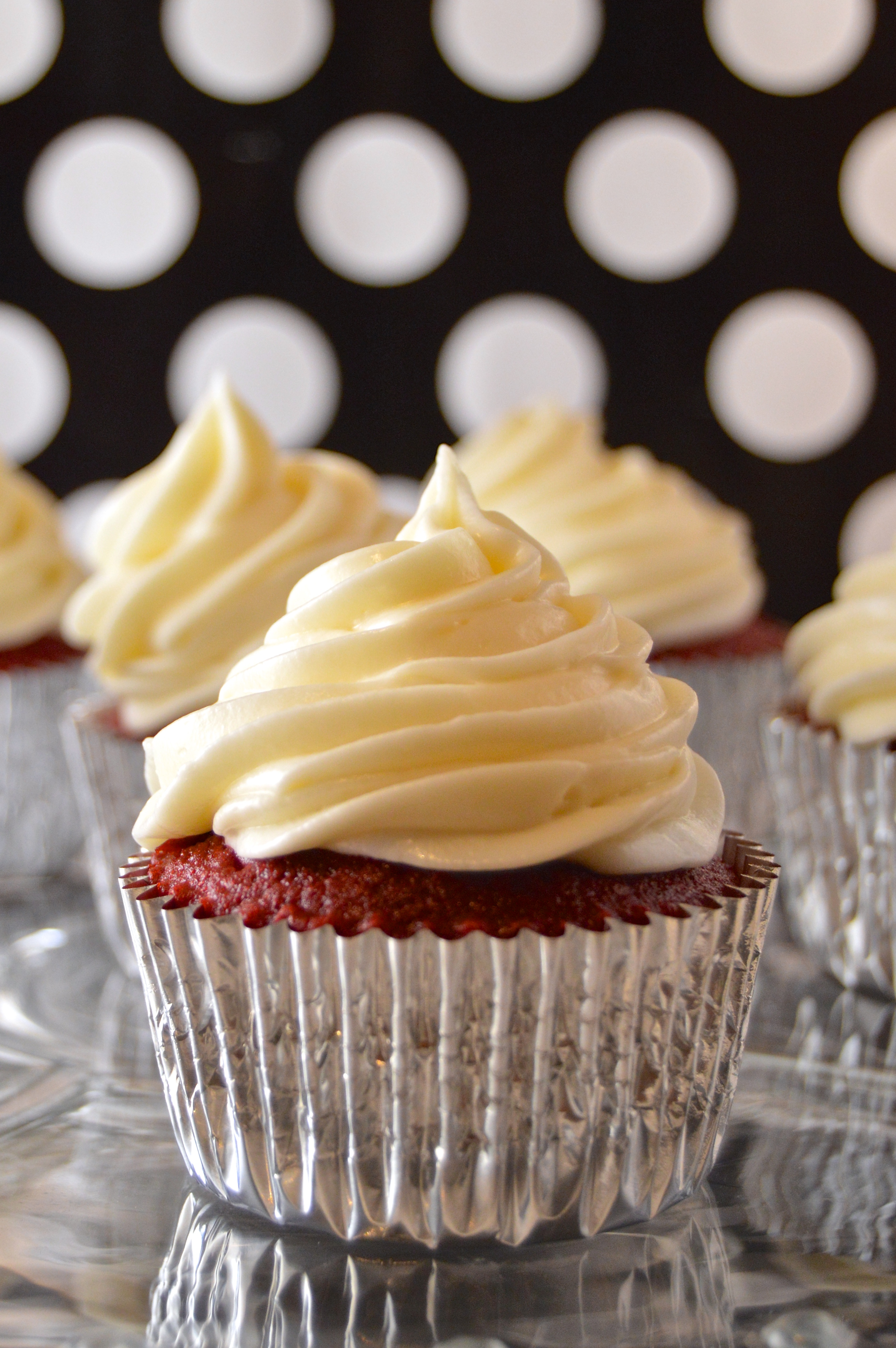 Homemade Cupcakes with Cream Cheese Frosting