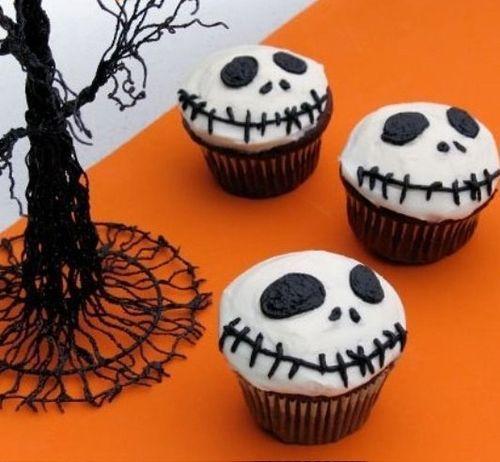 Make Jack Skellington Cupcakes