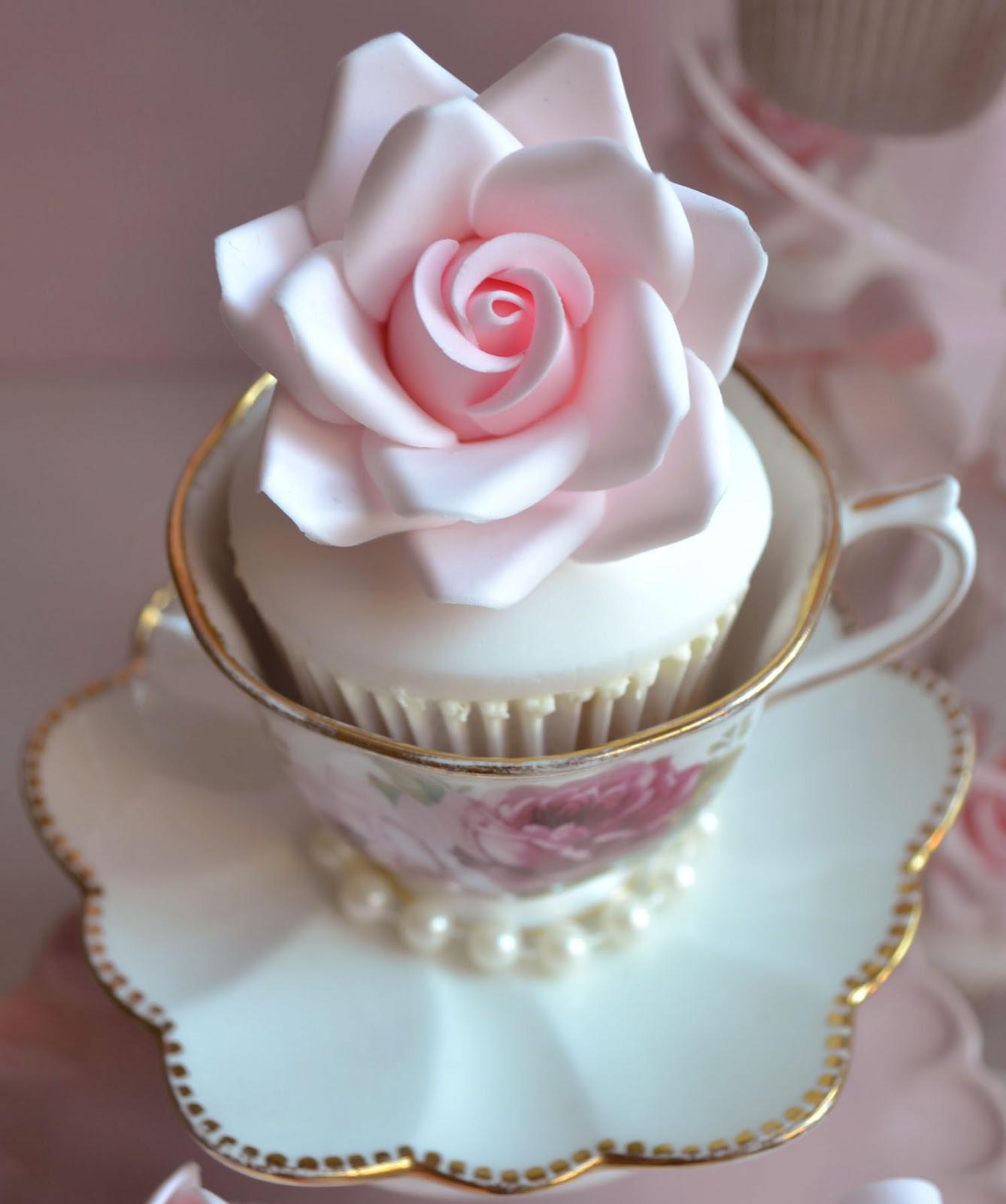 Vintage Cupcake Wedding Cake