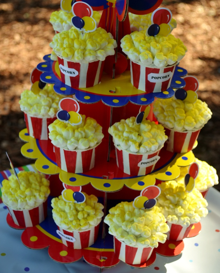 11 Photos of Circus Theme Cupcakes