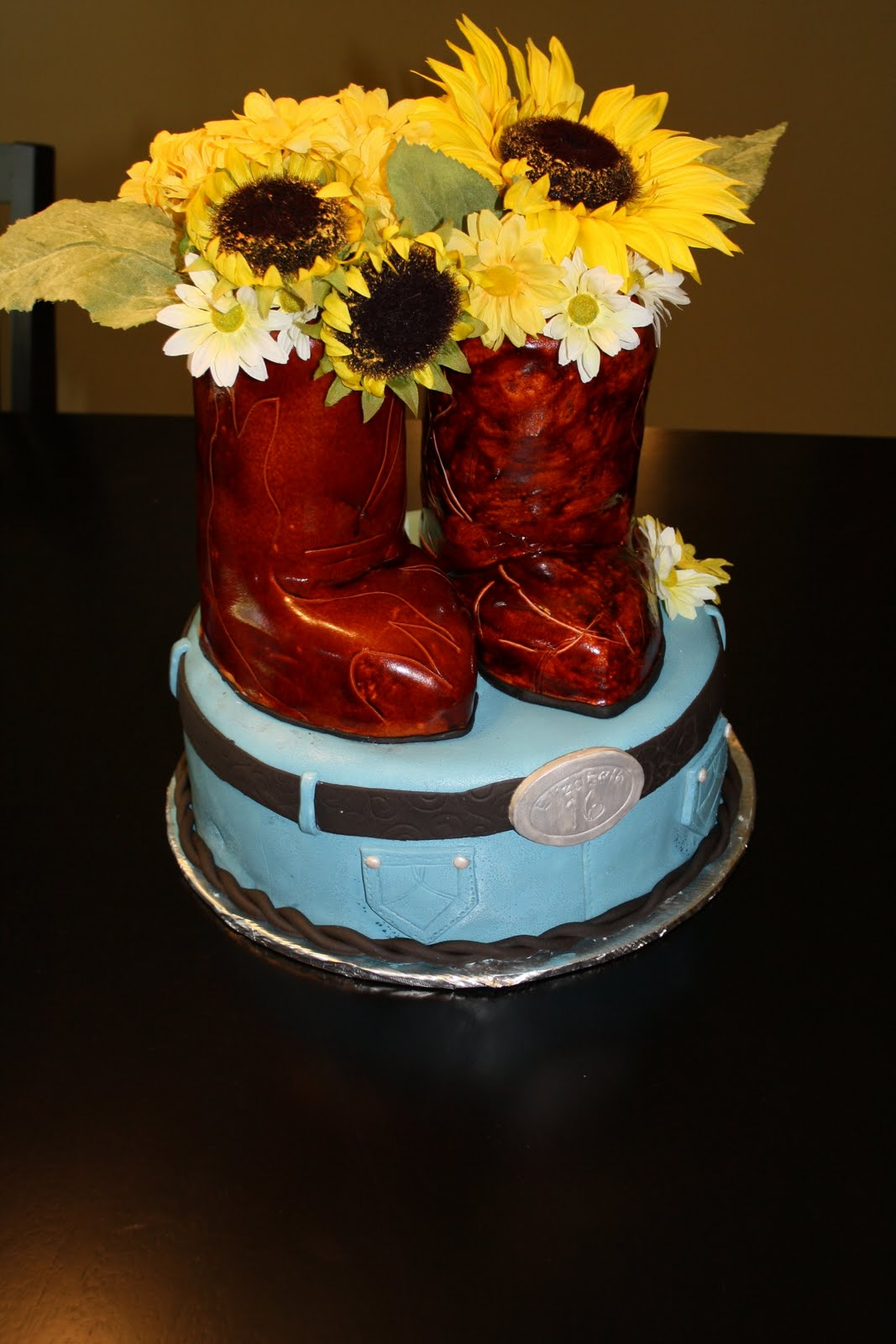 Sensational 10 Best Country Music Birthday Cakes Photo Country Grooms Cake Funny Birthday Cards Online Elaedamsfinfo