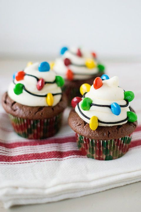 5 Photos of German Chocolate Cupcakes With Cake Decorating Ideas Christmas