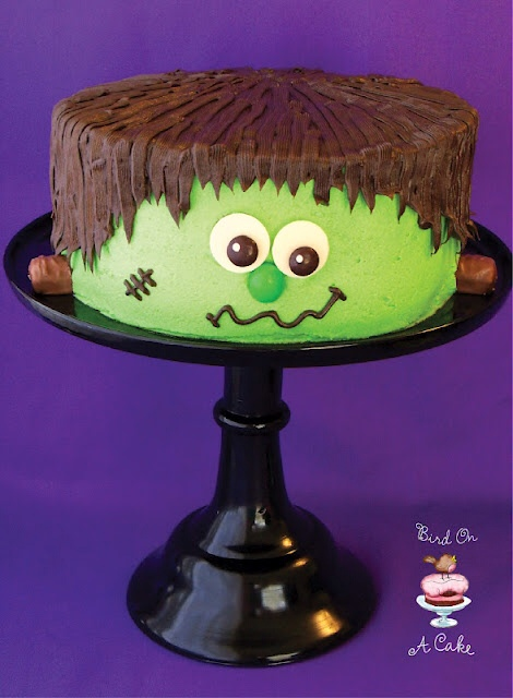 10 Photos of Scoopy Homemade Halloween Cakes