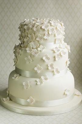 Hydrangea Petal Wedding Cake