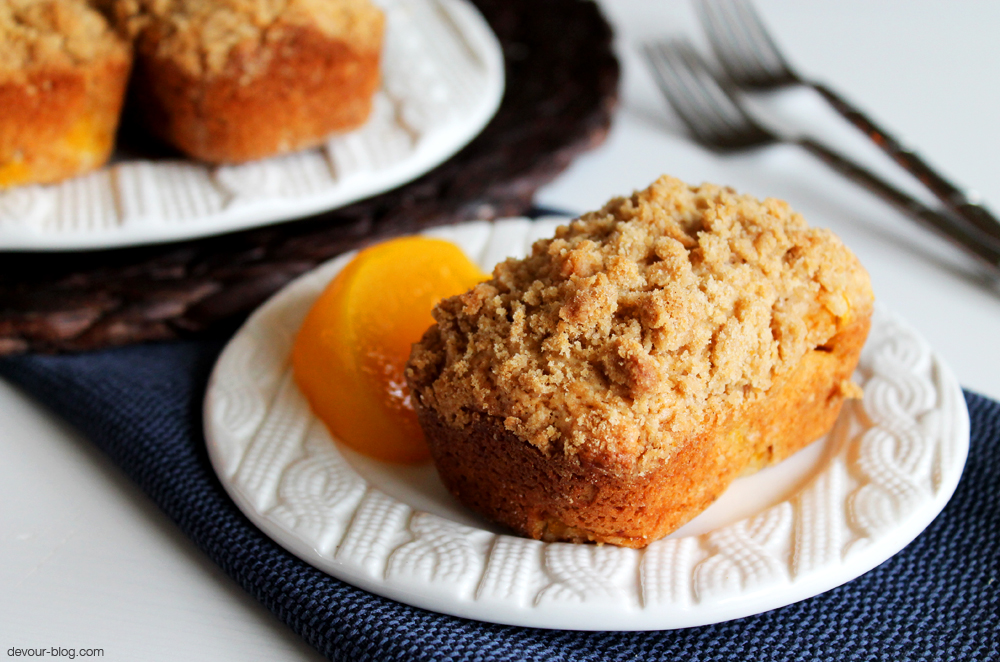 Mini Peach Cobbler Loaves