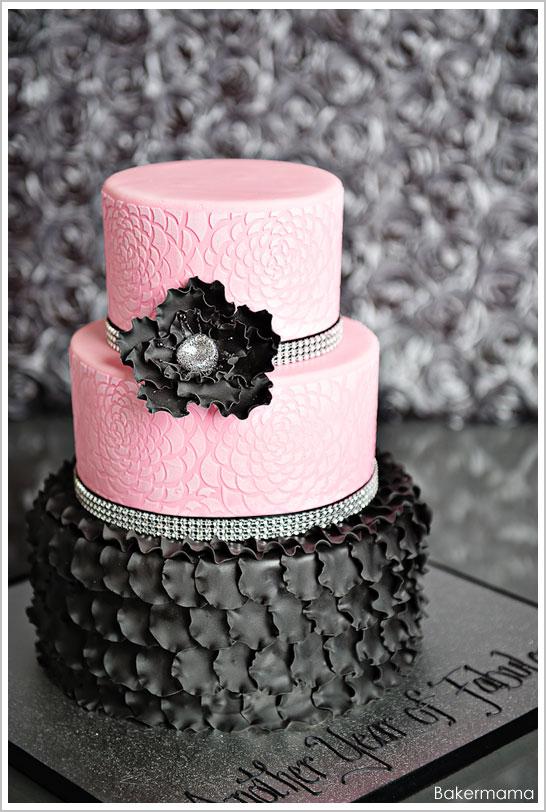 Groovy 12 Glamorous Black Birthday Cakes Photo Pink And Black Cake Funny Birthday Cards Online Necthendildamsfinfo