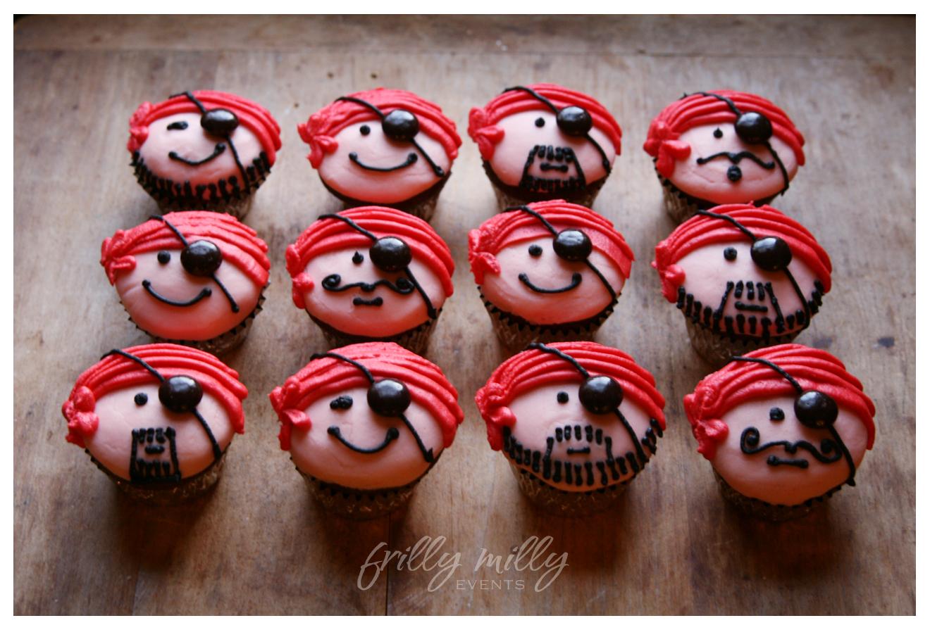 10 Photos of Christmas Pirates Cakes