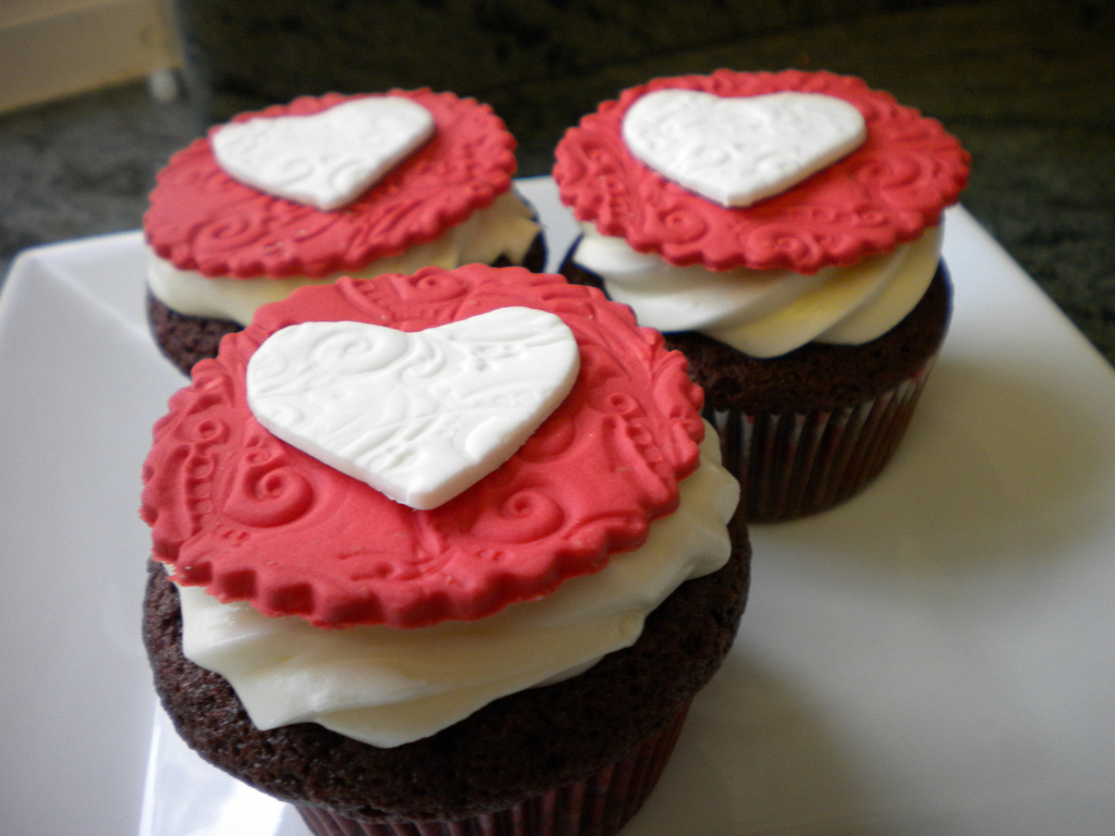 Valentine's Day Fondant Cupcake Toppers