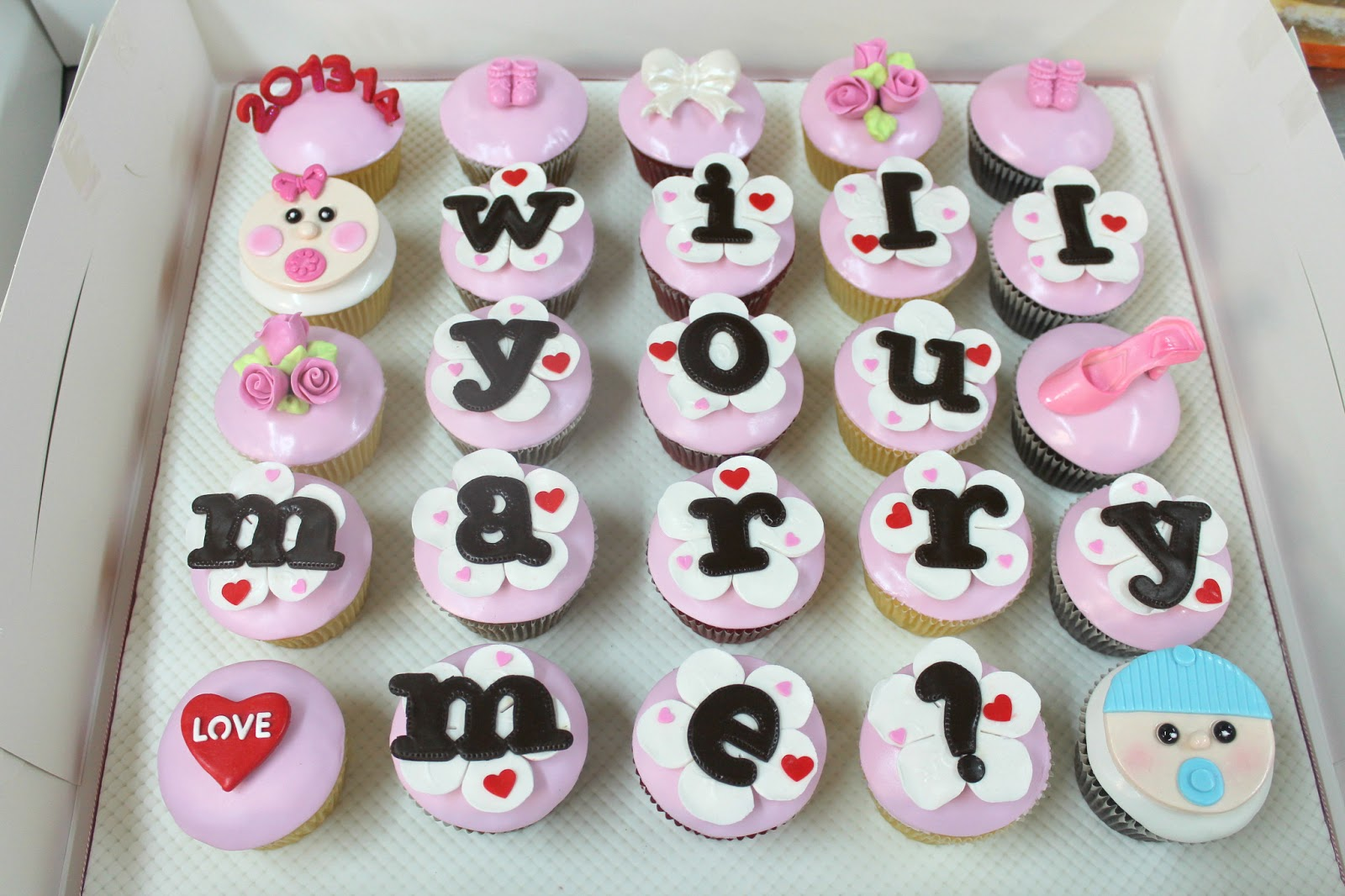 5 Up Cupcakes Will You Marry Me Photo Will You Marry Me Cute