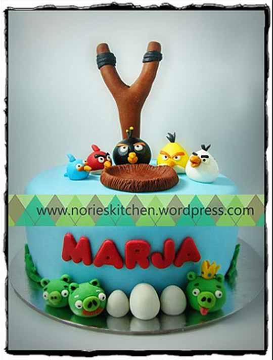 Angry Birds Cake