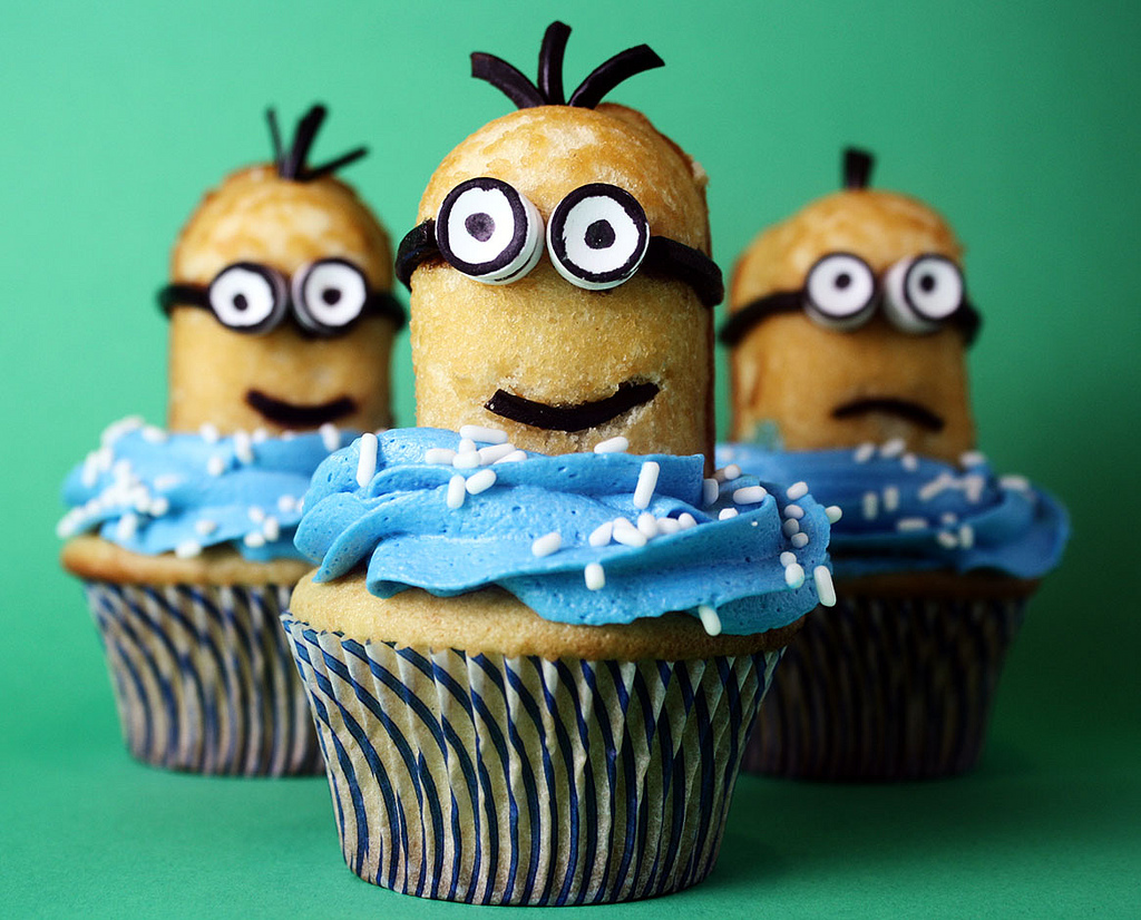 Despicable Me Minion Twinkie Cupcakes