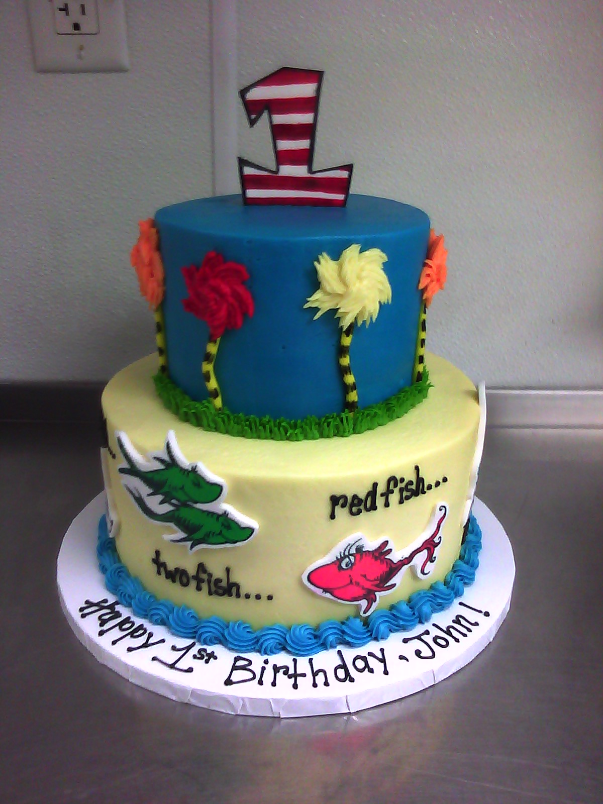 Brilliant 12 Dr Suess Theme 1St Birthday Cakes Photo Dr Seuss Birthday Birthday Cards Printable Nowaargucafe Filternl