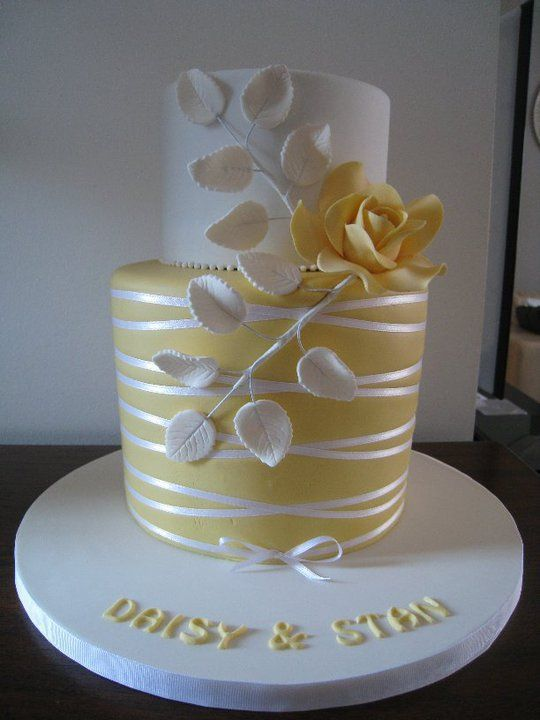 Elegant Two Tier Wedding Cakes