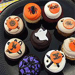 6 Photos of Halloween Cakes Delivered