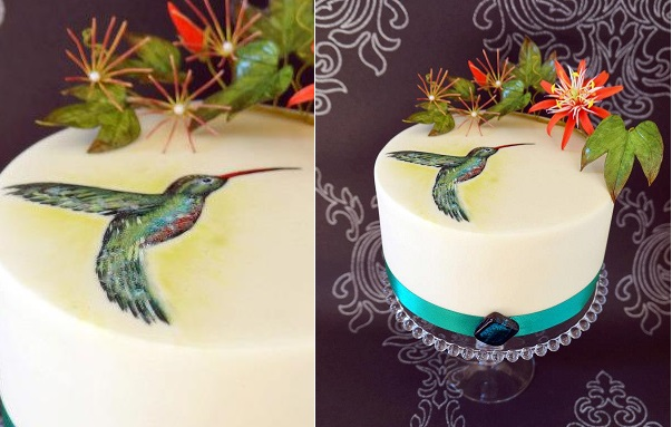 Hand Painted Cakes with Hummingbird