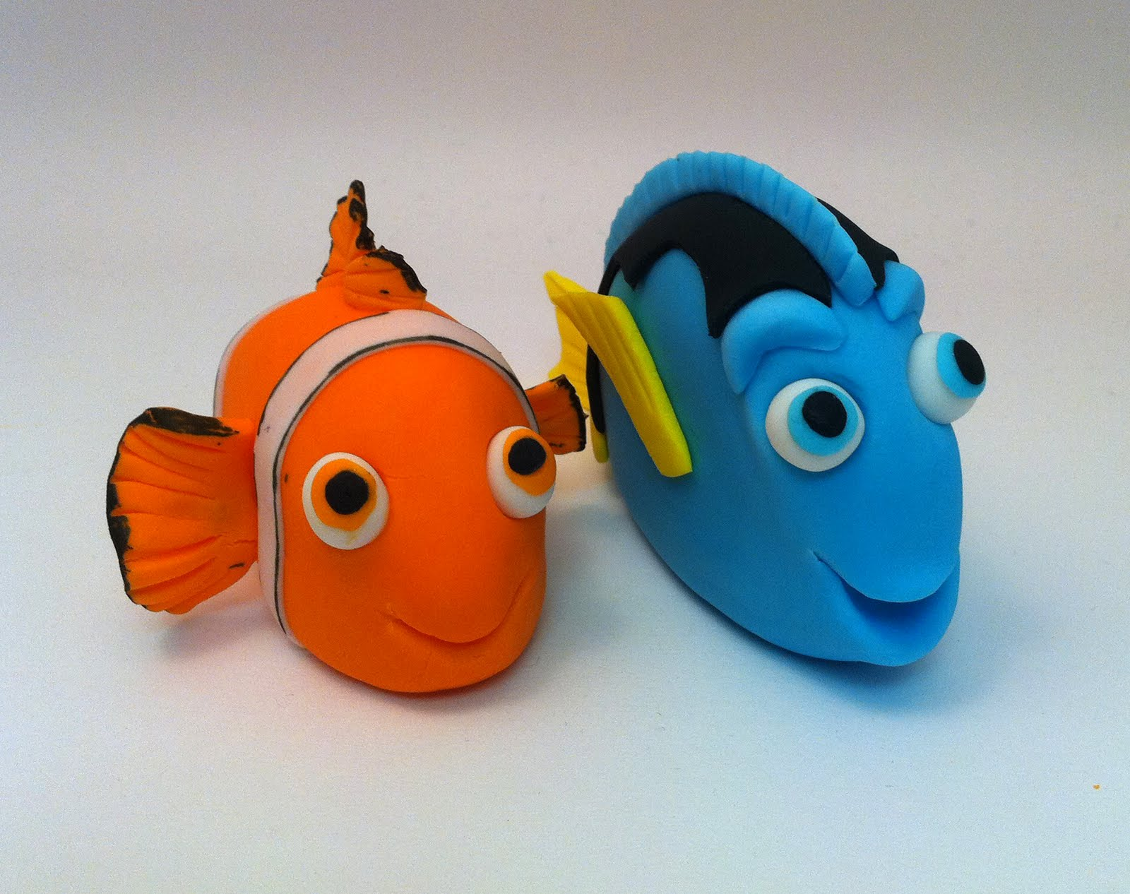 Nemo and Dory Fondant Cake Toppers