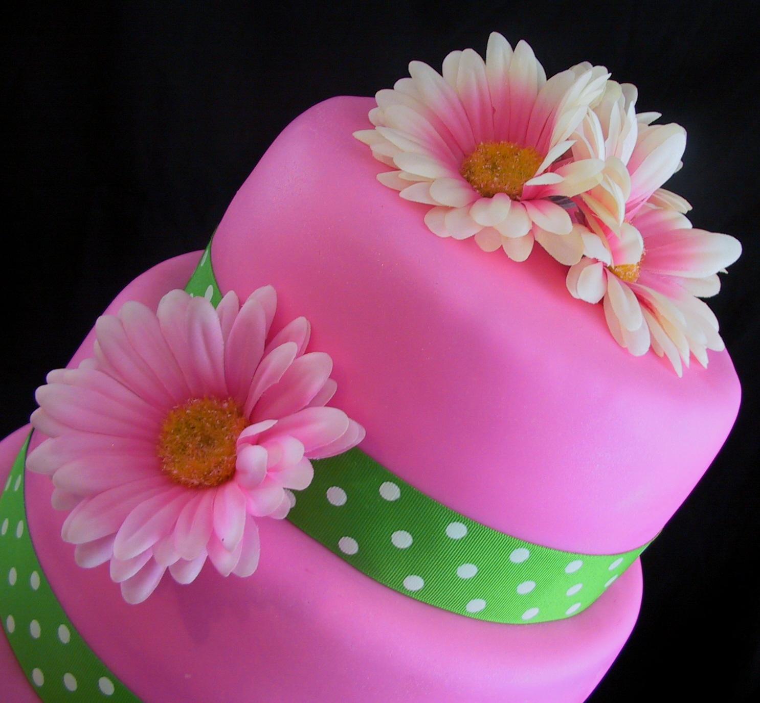 Pink Gerber Daisy Cake
